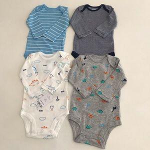 Carter's baby clothing set 4 pcs sizes 3m,6,9,18m